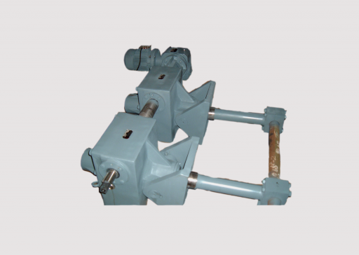 AC 600 Helical worm actuator with Pivot Base